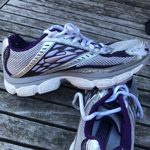 Brooks Glycerin 8 Running Shoes